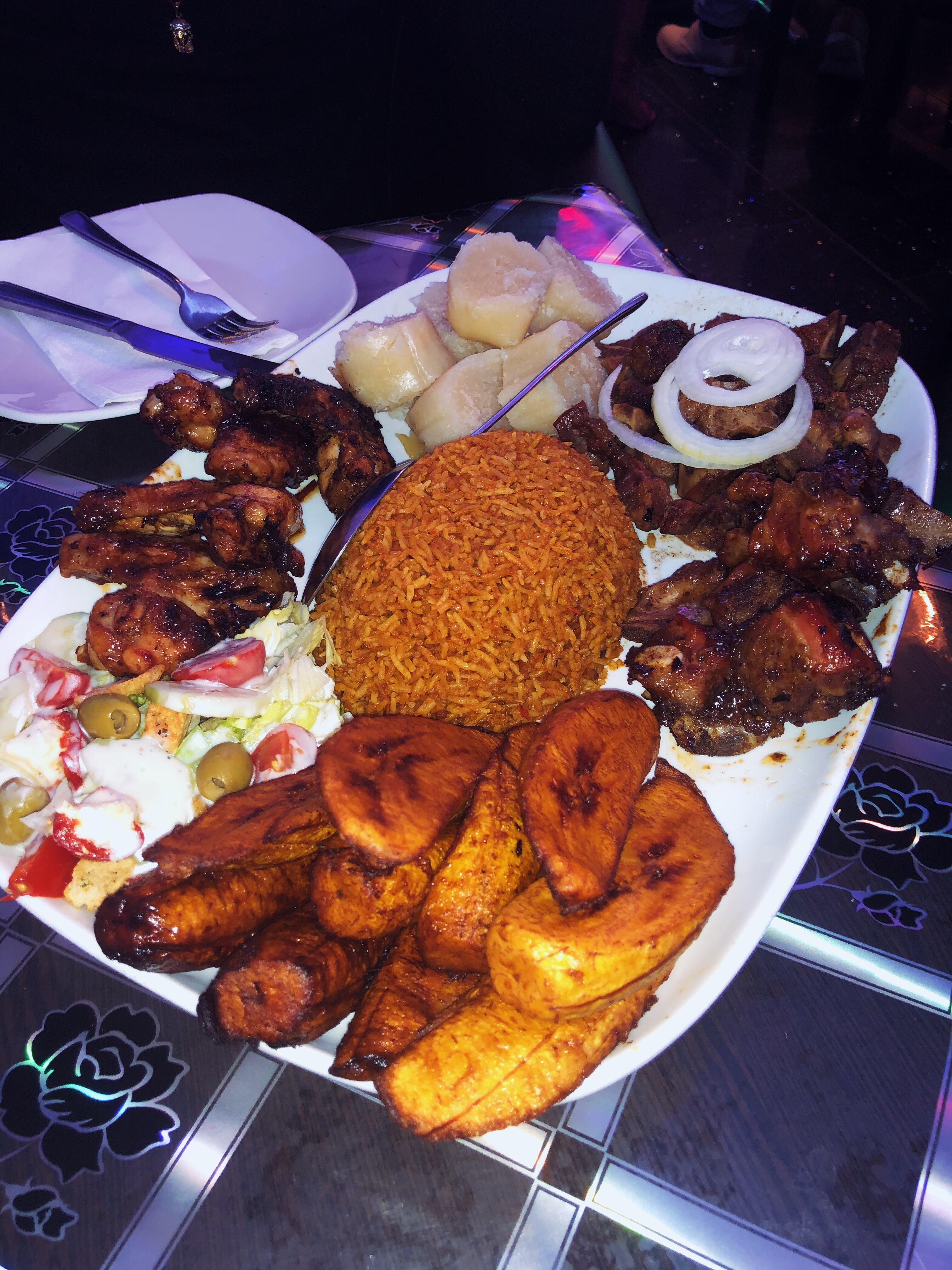 London's African Caribbean Fusion Spot: Deluxe Manna Review.